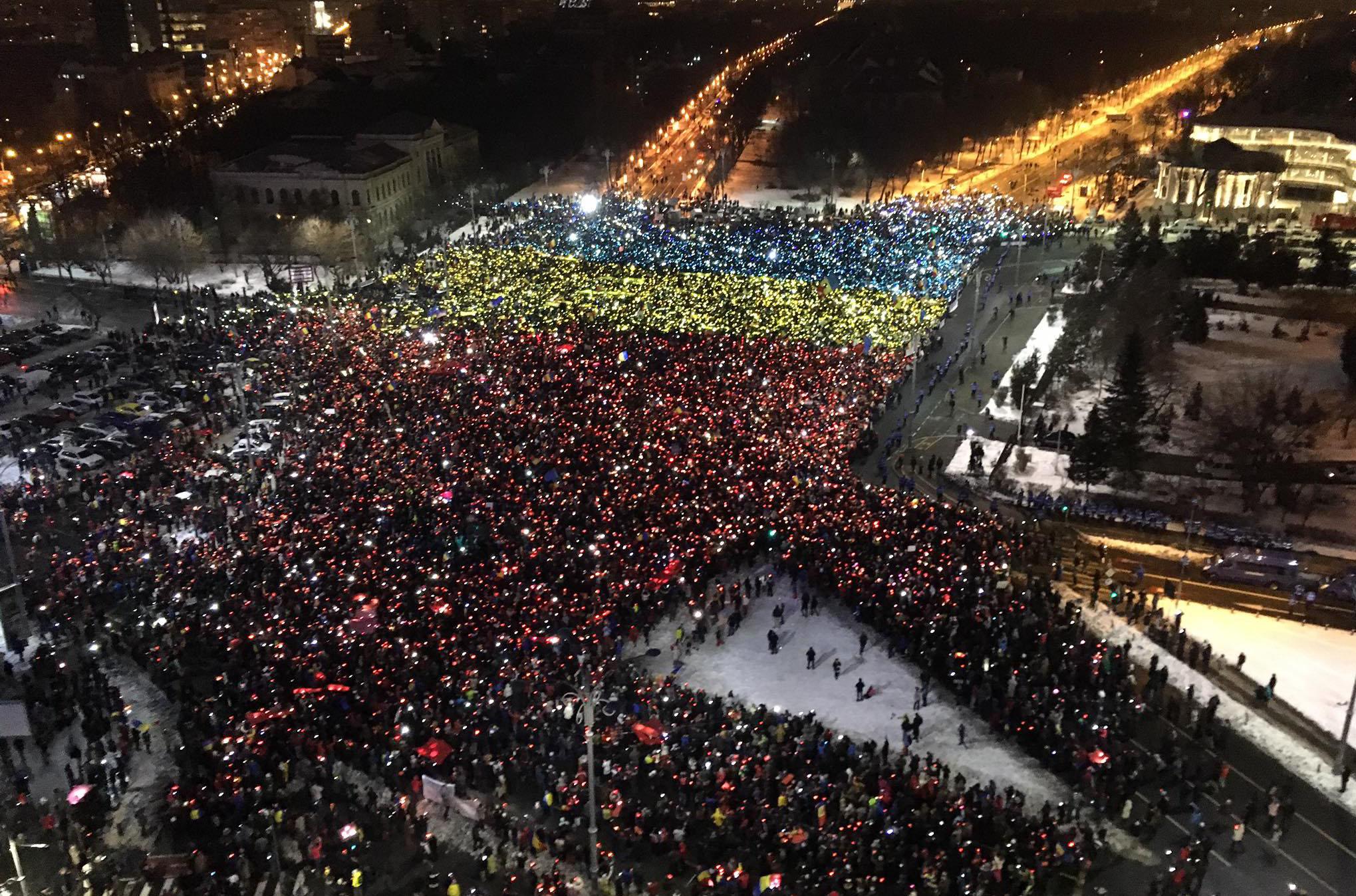 21:00 București - Eli Driu
